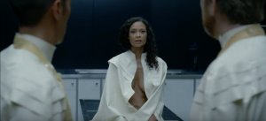 westworld-episode-7-Thandie-Newton-–-Maeve-Millay1